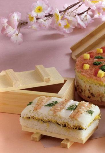 Oshibako es un molde que nos permite presar como en este caso un arroz perfecto y delicioso.